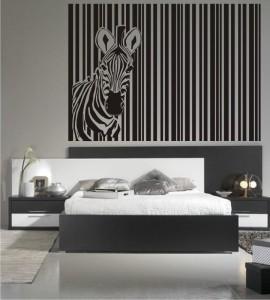 Cabecero de cama con vinilo decorativo cebra