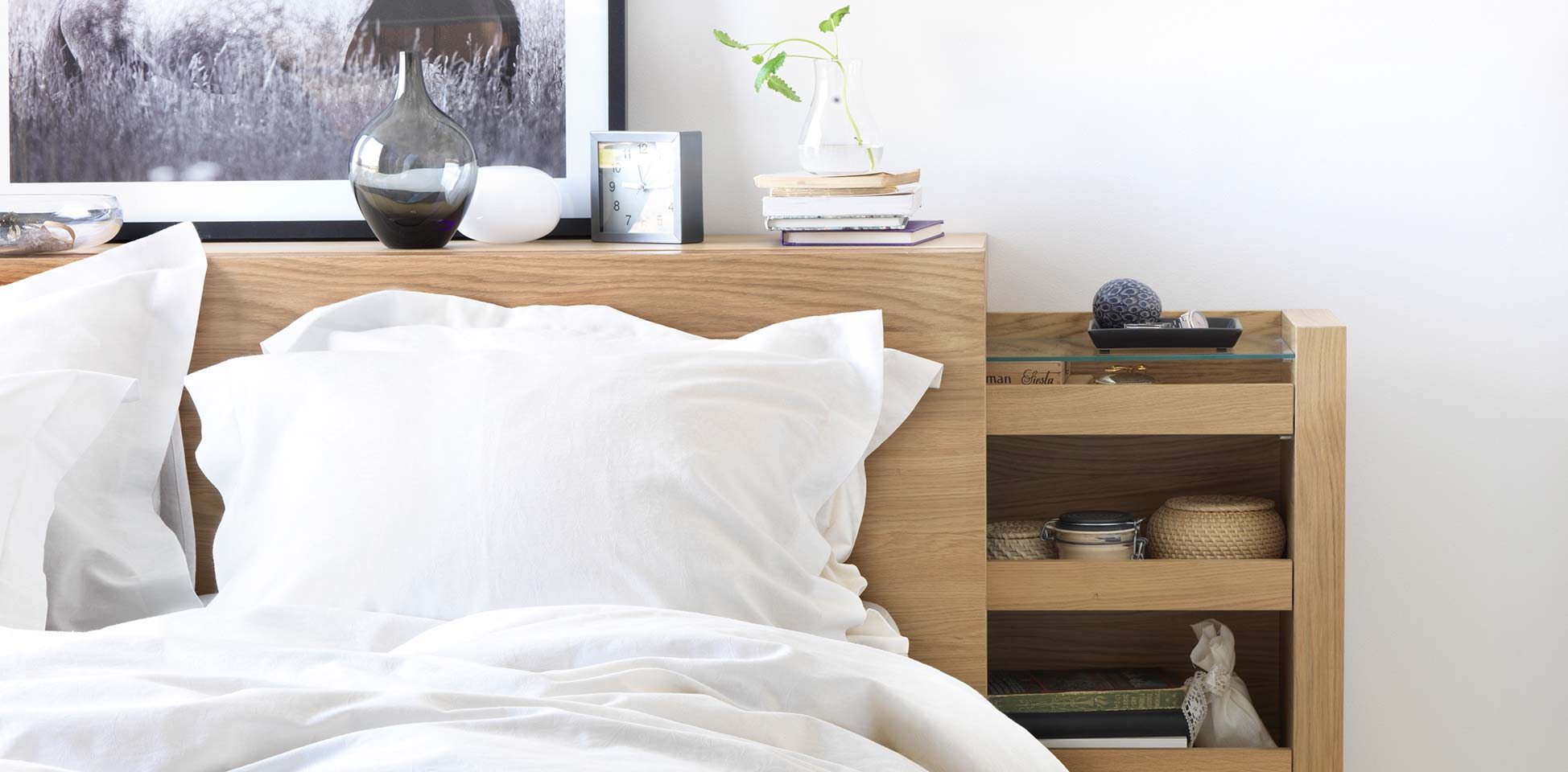 8 ideas de cabeceros de cama modernos y sencillos On cabecero con almacenaje