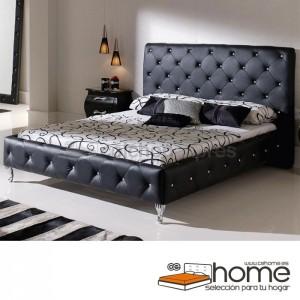 cama tapizada negra