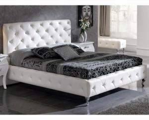cama tapizada blanco