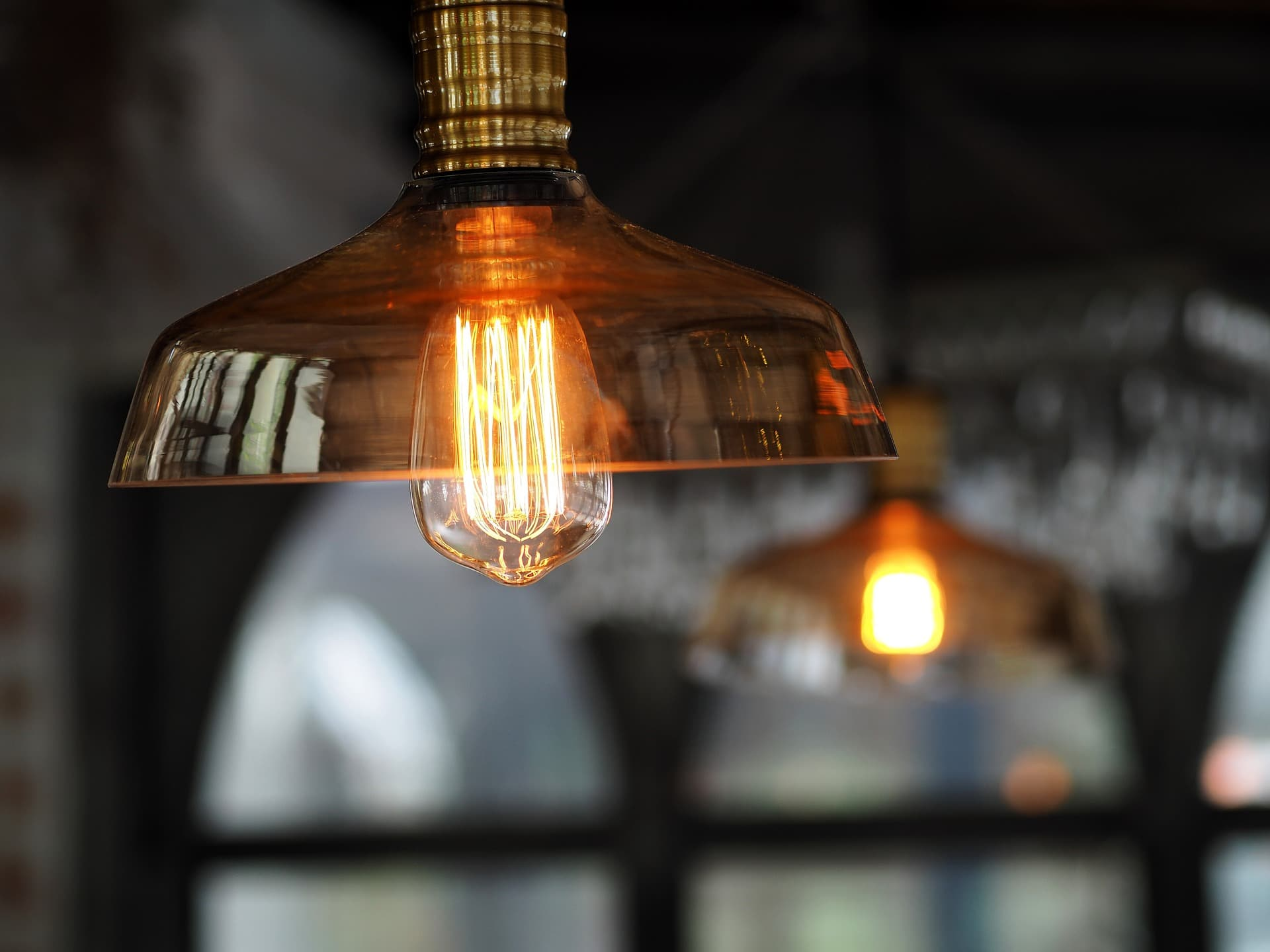 Lámparas de noche, ilumina tu dormitorio de forma barata y sencilla