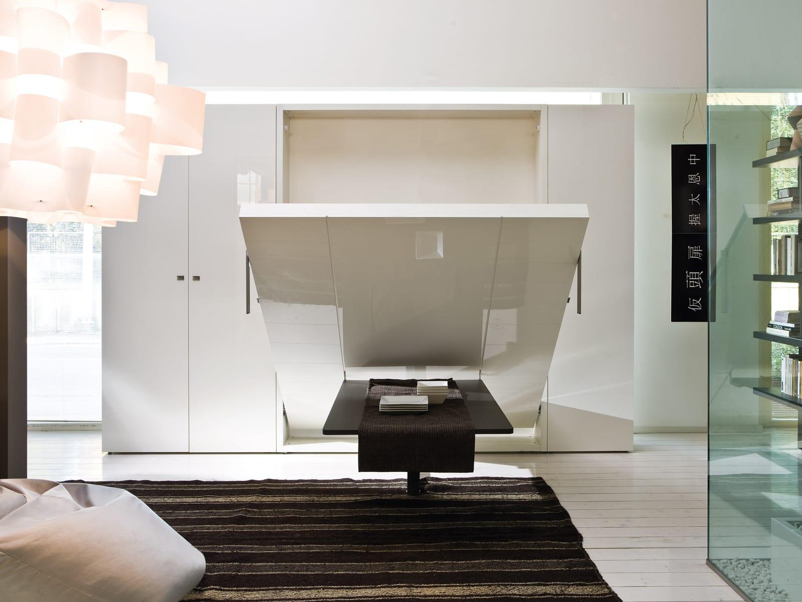 Cama abatible de matrimonio para ahorrar espacio for Mueble cama abatible vertical matrimonio