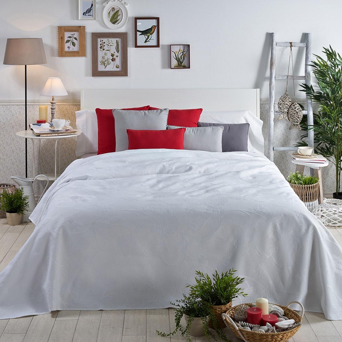 Colchas para camas de todos los estilos