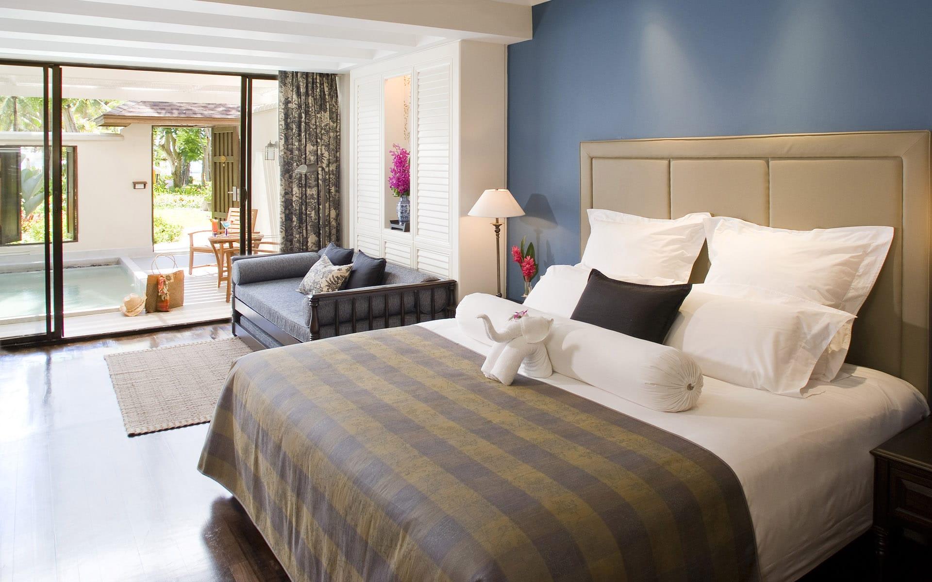 C mo decorar una cama con estilo en tres pasos colch n for Bedroom design pic hd