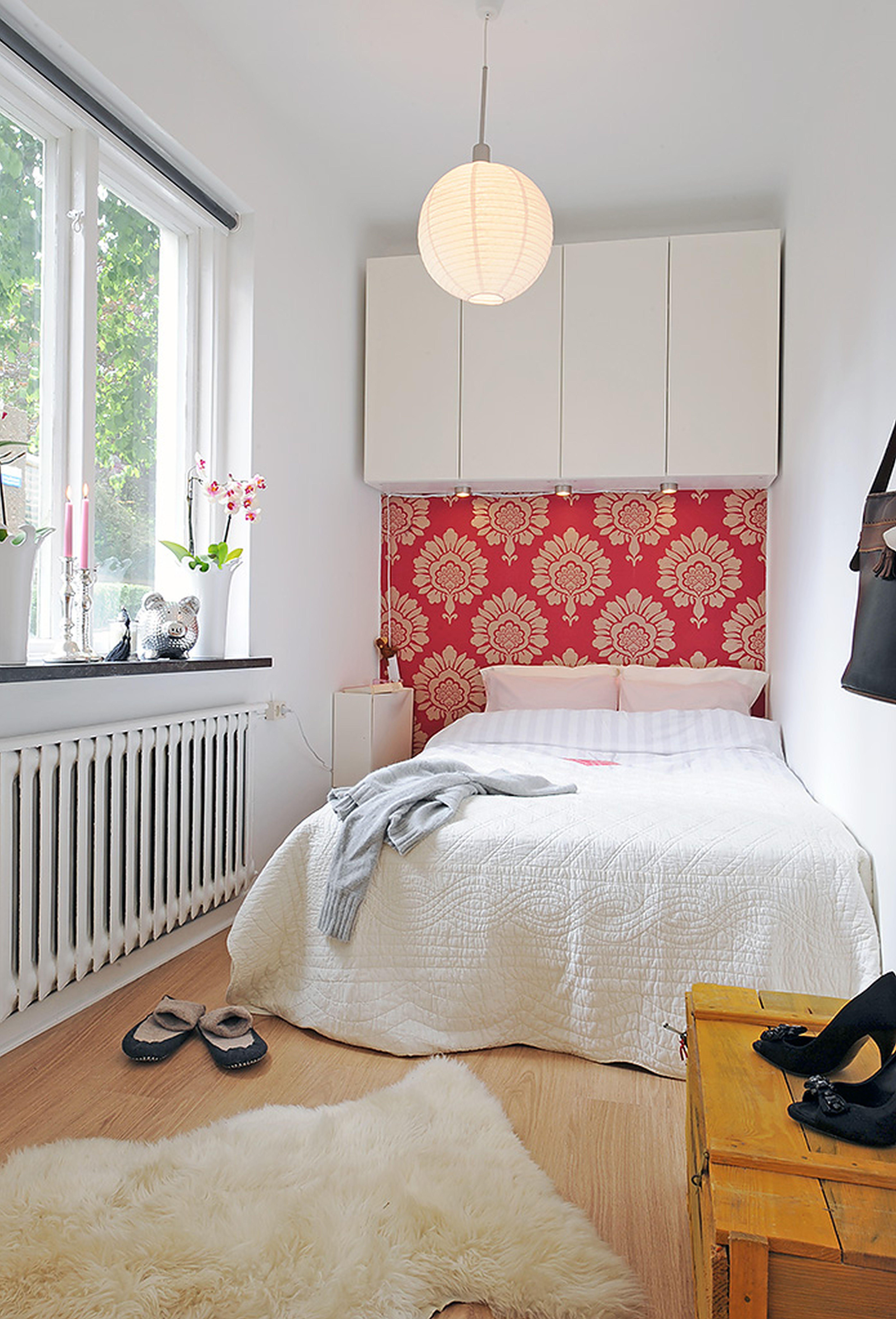 Decorar un dormitorio peque o individual colch n expr s for Unique furniture ideas for small spaces