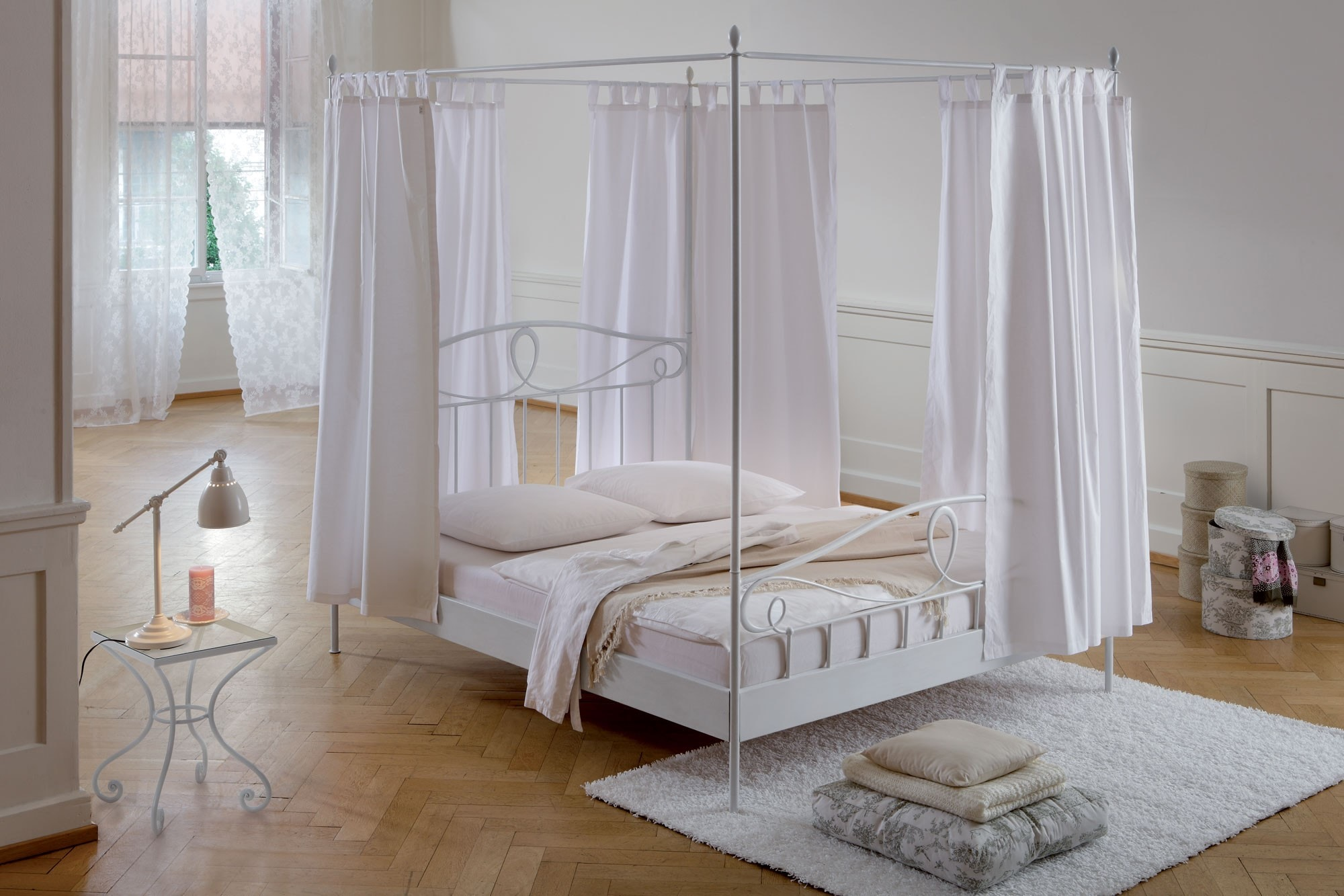 El encanto de la cama con dosel colch n expr s - Cama con dosel ...
