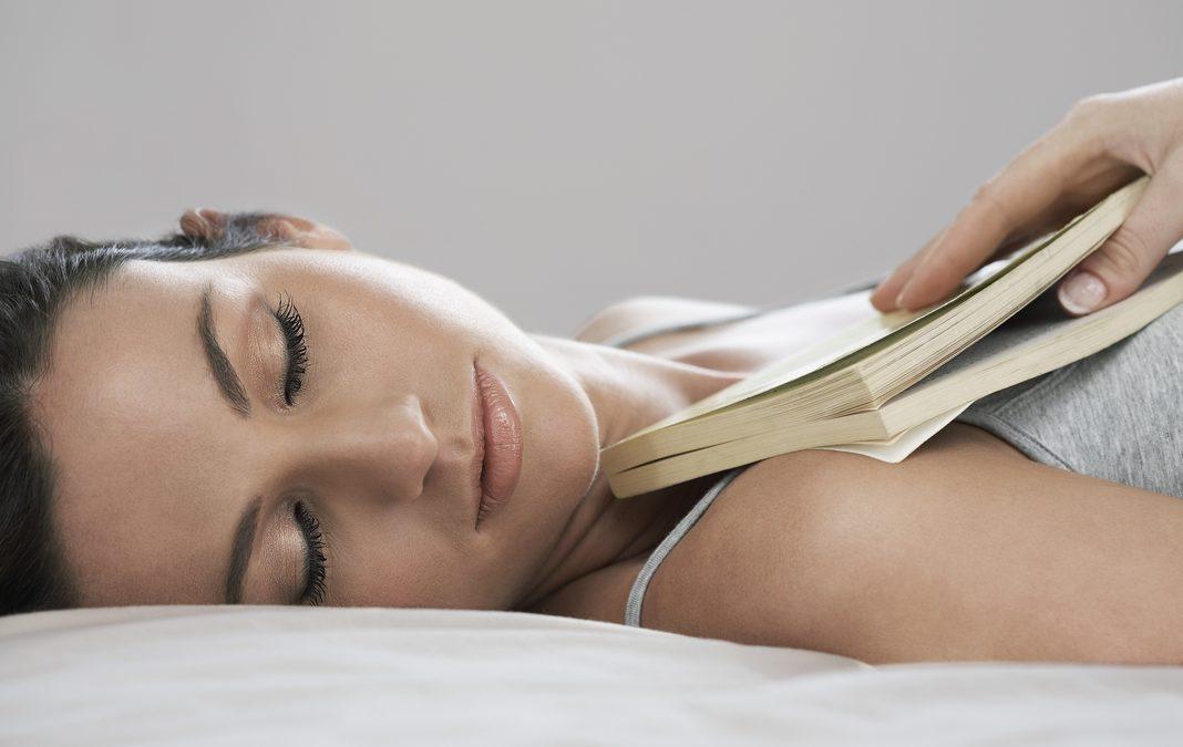 La posición correcta para dormir y mejorar tu salud