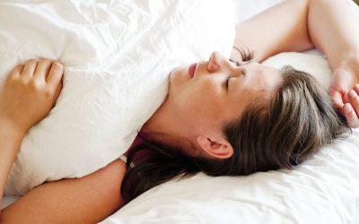 La mejor postura para dormir para tu salud