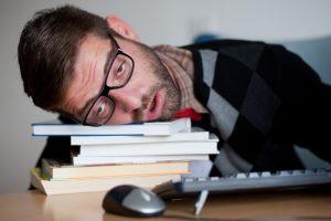 cómo dormir rápido sin tener sueño