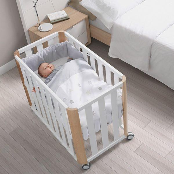 la minicuna es my cómoda en los primeros meses de vida del bebé