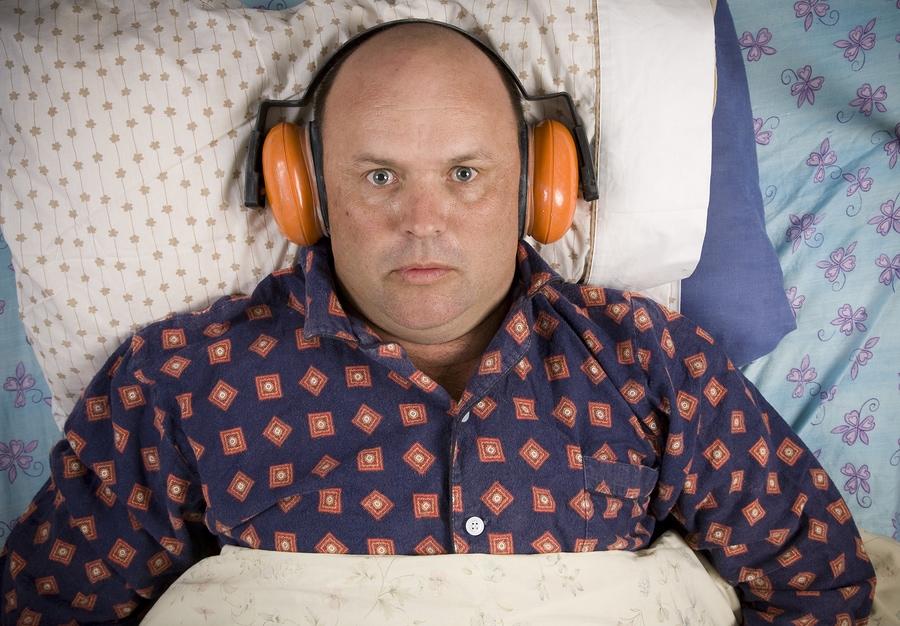 Cómo dormir con ruido en cualquier situación