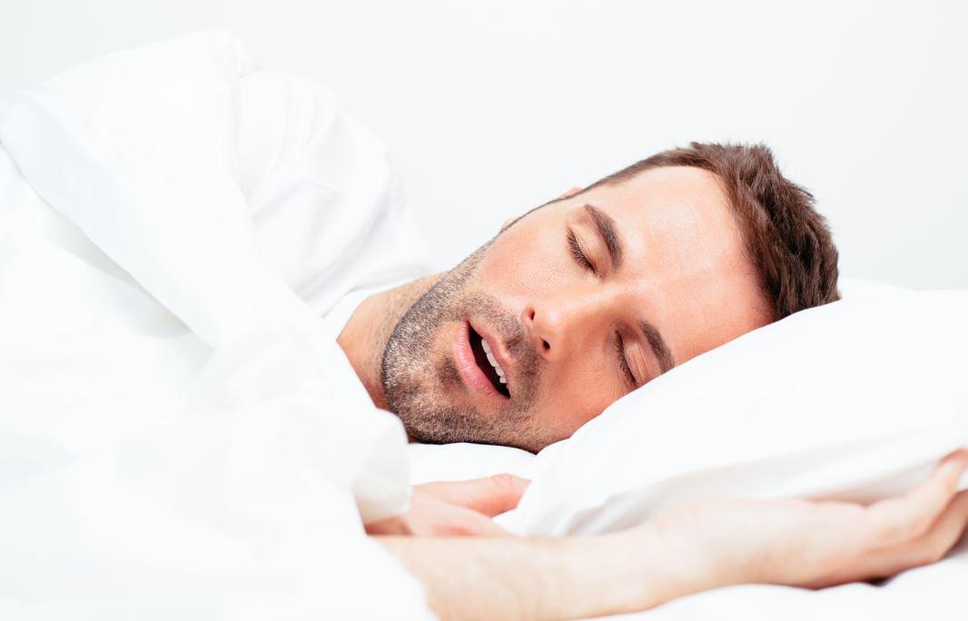 sequedad de boca al dormir con la boca abierta