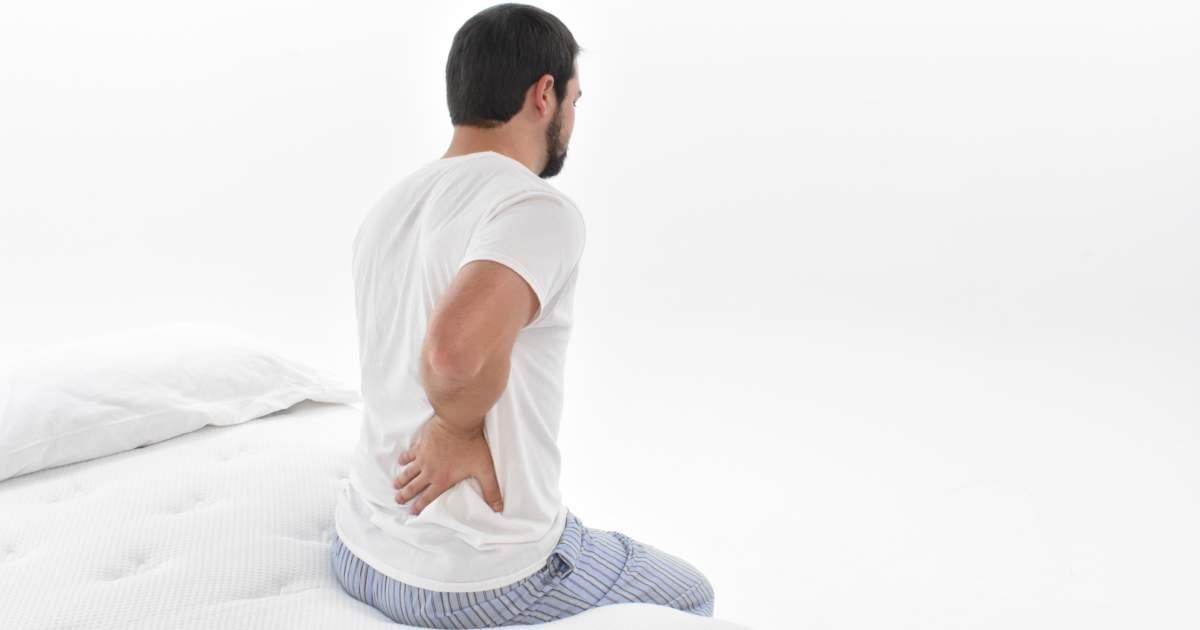 postura correcta para dormir y evitar el dolor de espalda