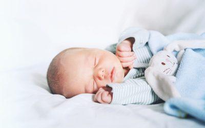 Cuando poner almohada a un bebé